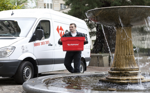 How to reduce manual handling risks when making deliveries